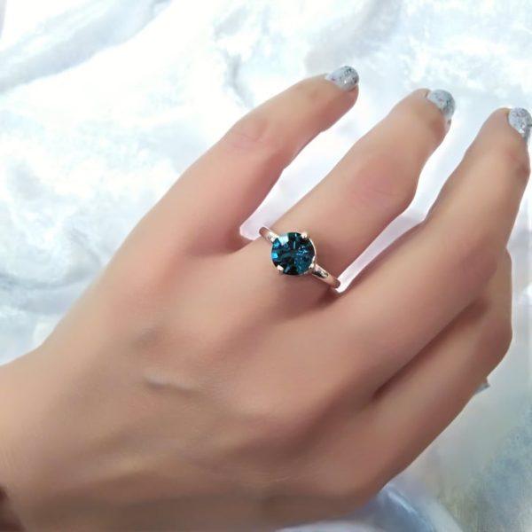 Ασημενιο δαχτυλιδι 925 με κρυσταλλο swarovski